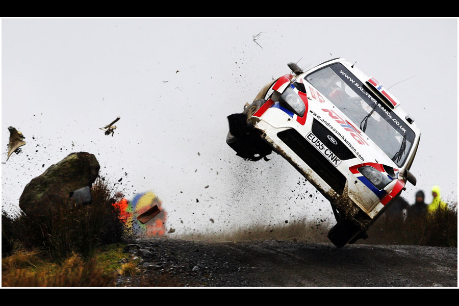sport-rally-crash-12.jpeg